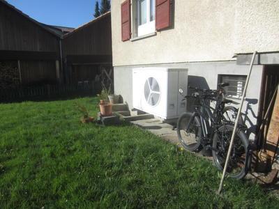 Sanierung Einfamilienhaus in Mühlethurnen mit LW-Wärmepumpe STIEBEL ELTRON WPL 25